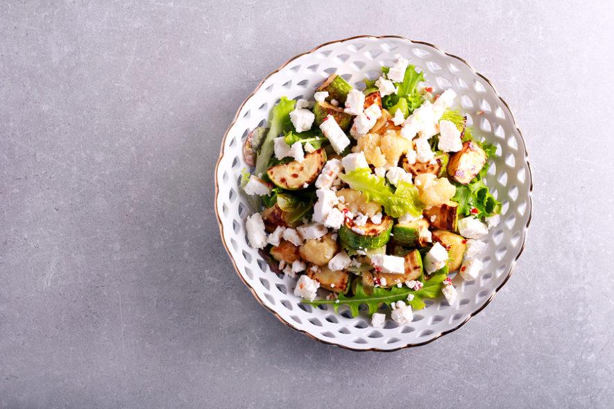 Salade met bloemkool en feta
